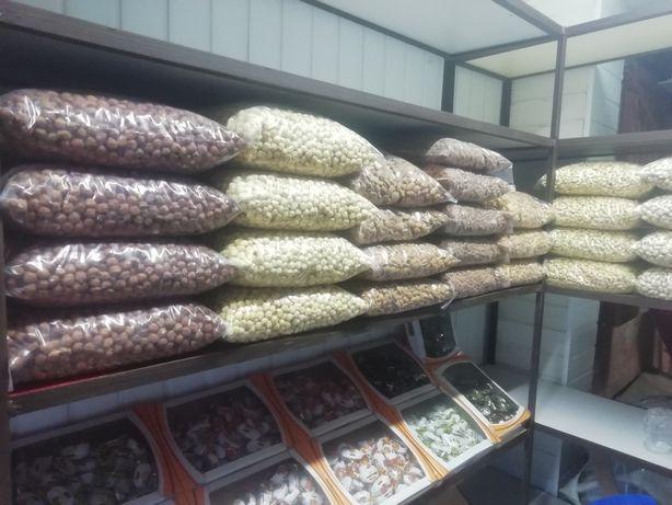Орехи: Пекан,макадамия,фундук,миндаль,кешью,фисташка,арахис, кедр.