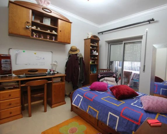 Alçado - móvel, pinho mel, p/ fixar na parede, por cima da secretária