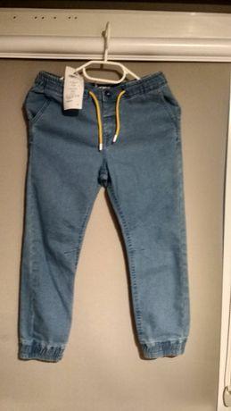 Nowe spodnie jogery r.128 cm. Firmy 5 10 15