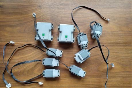 Lego Technic 7x silnik i 2x HUB Powered UP 42100