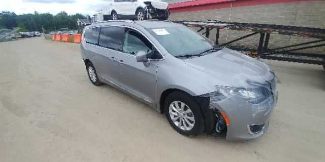 Chrysler Pacifica 2018 Touring L
