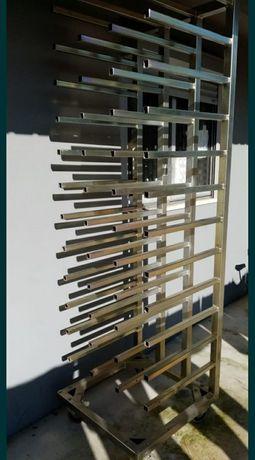 Vendo estrutura para rolos de vinil