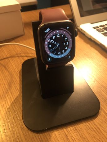 Apple Watch seria 4 rozmiar 44 mm LTE (eSIM Cellular)