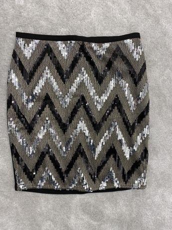Cekinowa spódniczka mini Orsay
