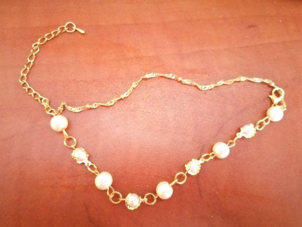 Biżuteria sztuczna z perełkami