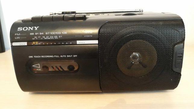 Radio magnetofon Sony CMF 10 L