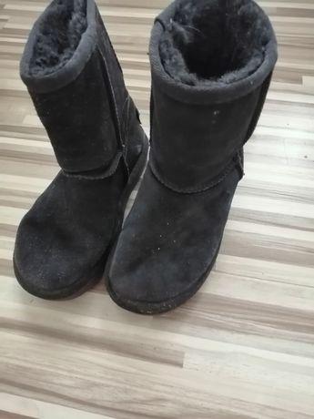 Buty UGG dla dziewczynki