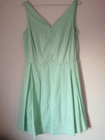 Sukienka rozkloszowana oliwkowa M 38