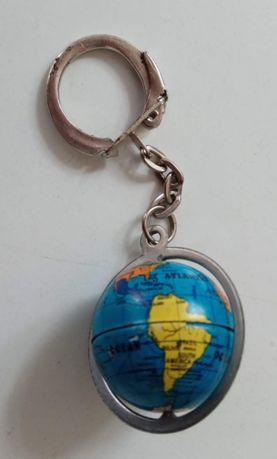 Porta-Chaves Mundo