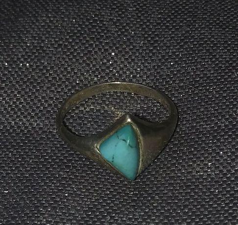 Srebrny pierścionek turkus srebro 925