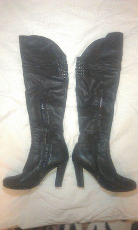 Продам зимние кожаные сапоги-ботфорты 38 р.