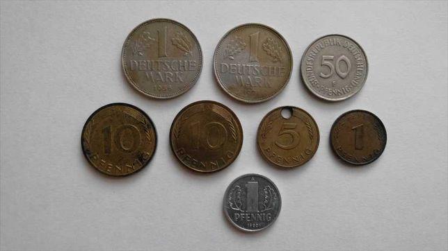 Набор 10 монет Германии - 9 монет ФРГ и 1 монета ГДР (с 1956 по 1996)