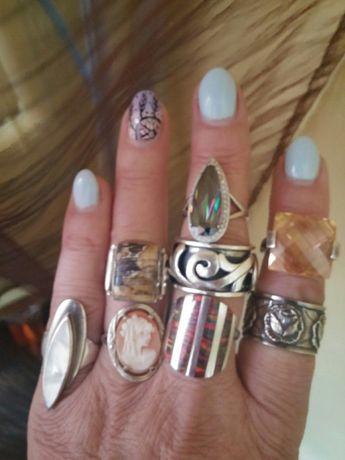 Piękne i orginalne pierścionki srebrne.