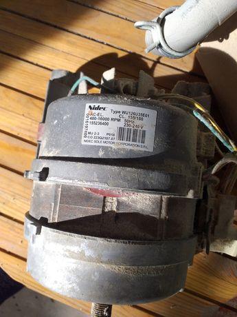 Мотор на стиральную машинку и др.запчасти
