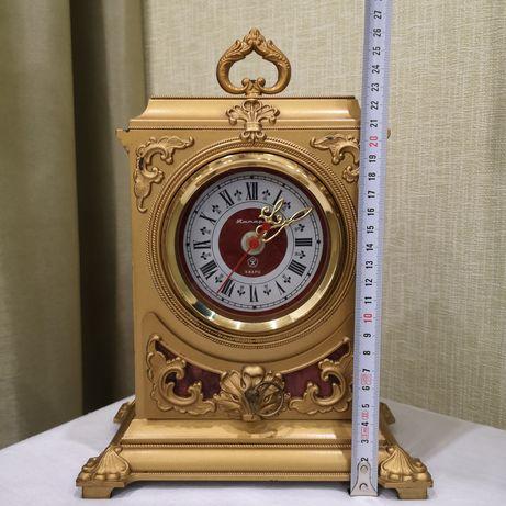 Часы настольные времен СССР