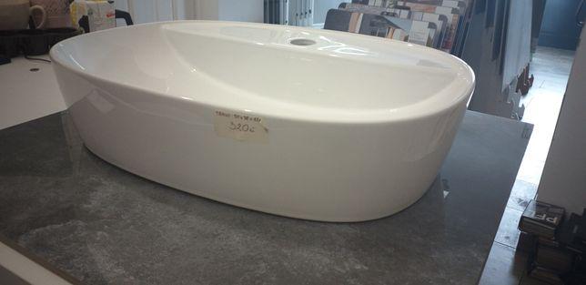 Umywalka owalna z miejscem na baterię Trani