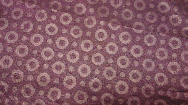 Tkanina fioletowa w koła