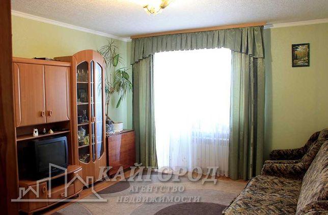 Продам 3-х комнатную квартиру в кирпичном доме по улице О. Гончара