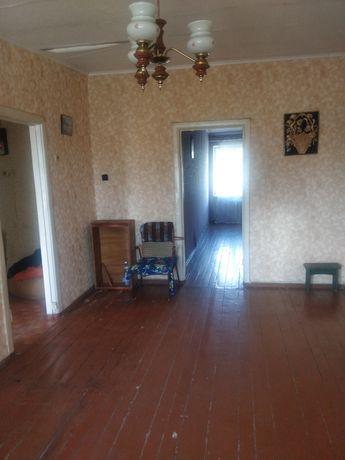 Продам 2-х комнатную квартиру в центре, ул. Маяковского