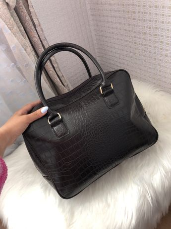 Шикарная сумка сумочка женское с короткой ручкой