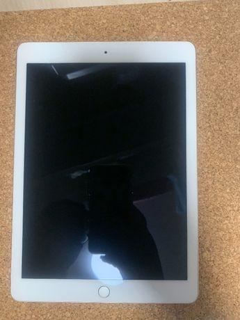 iPad Pro 9.7inch wifi+Celluar 256GB Gold