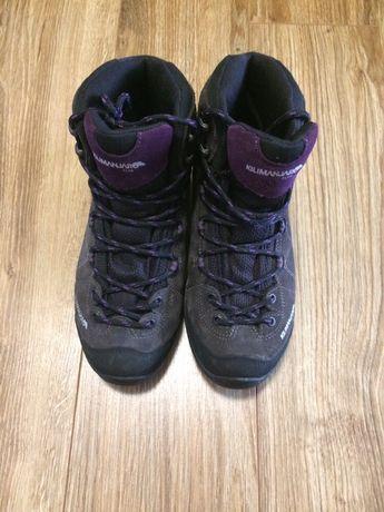 Кросівки жіночі зимові