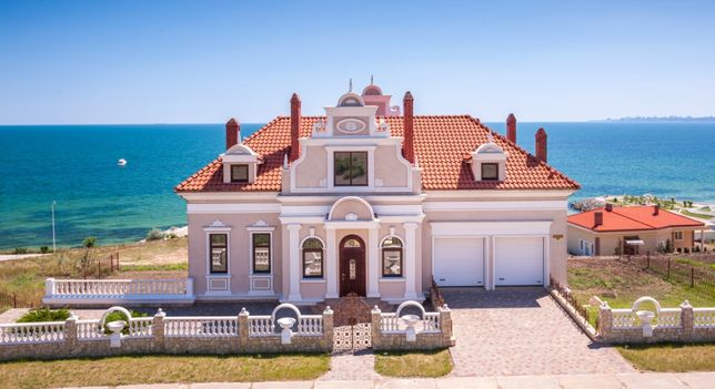 Дом с панорамным видом на море