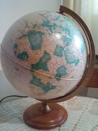Candeeiro globo terrestre iluminado tons castanho castanho vintage