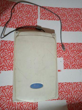 Сканер Mustek 1200 UB Plus