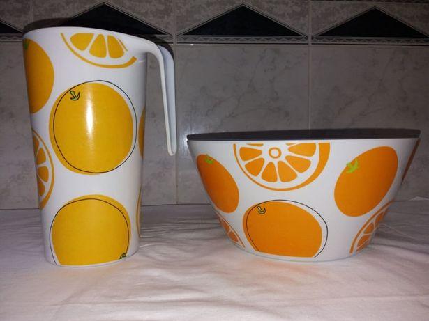 Conjunto de jarro e saladeira em pvc com pintura de frutas