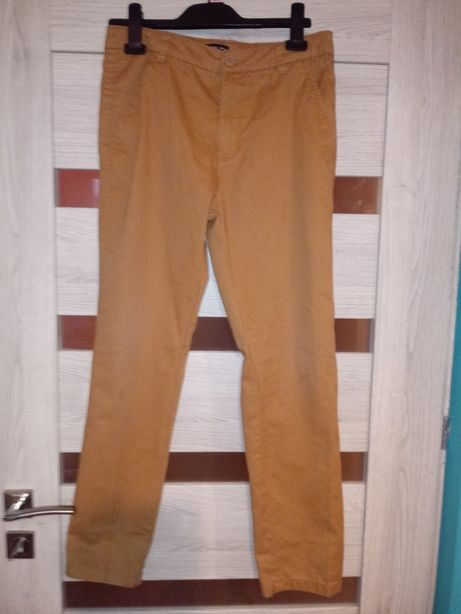 Sprzedam spodnie chłopięce 158