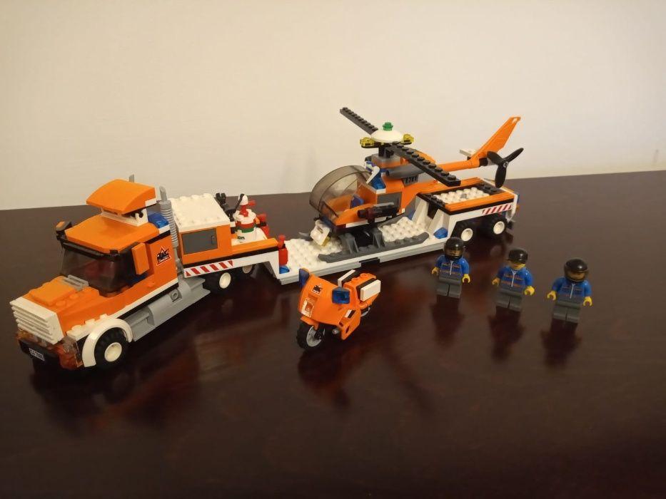 LEGO City 7686 HelicopterTransporter Warszawa - image 1