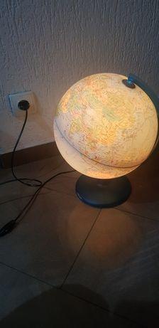 Globus podswietlany