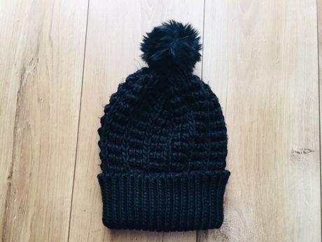 Czapka zimowa damska czarna SinSay czapka pompon