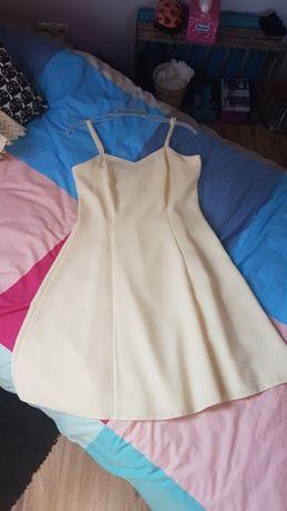 Sukienka ślubna z gipiurą 40