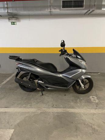 Pcx 2013 Honda - 46 mil km. 13 ano 12 ano 11 - 125