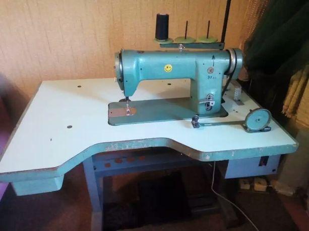 Промышленная универсальная швейная машина 97 класса