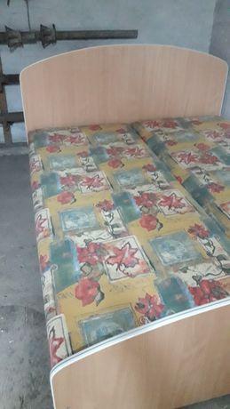 Łóżko 200x160cm.