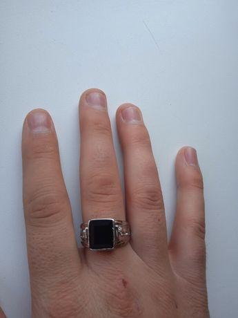 Мужское кольцо печатка