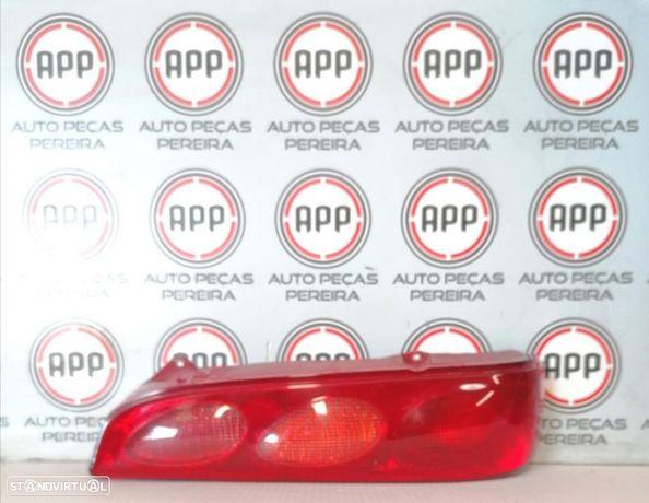 Farolim traseiro direito Fiat Seiscento de 1998, completo , original.