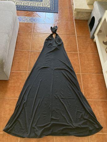 Vestido de gala comprido preto
