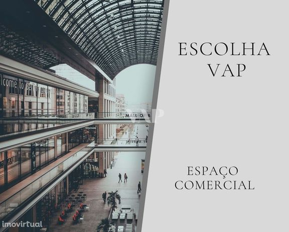 OLHÃO - Espaço comercial com 209,1 m2 no centro da cidade