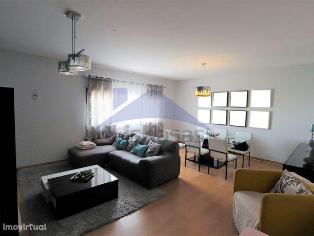 Apartamento T2 no Casal Novo, em Caneças