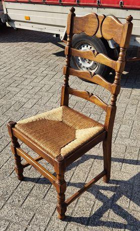 Krzesła dębowe sprzedam