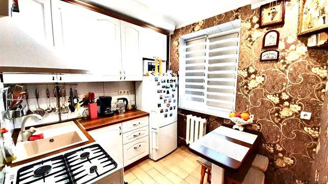 Продається хороша 2-х кімнатна квартира,  яка не потребує вкладень!!!