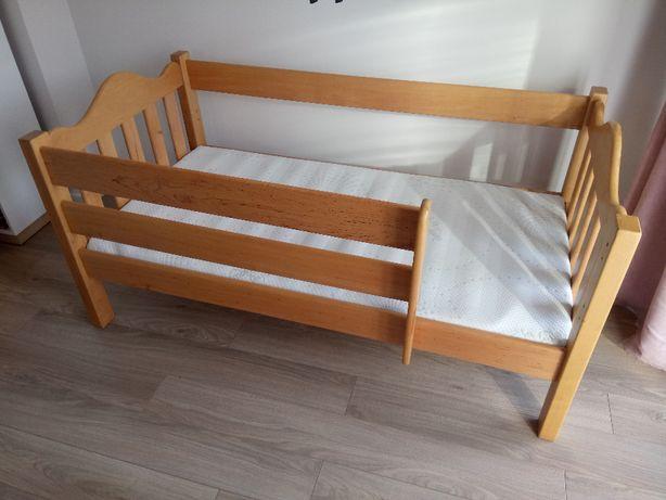 DREWNIANE łóżko z materacem dla dziecka