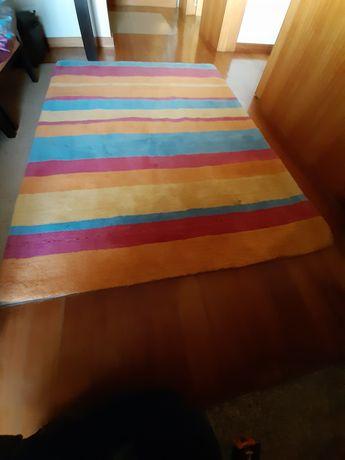 Carpete em lã 100%