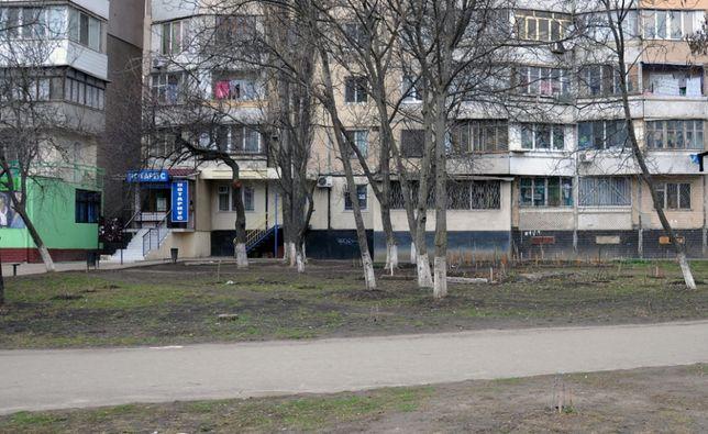 СОБСТВЕННИК Днепропетровская / Бочарова 52, фасад ОФИС САЛОН МАГАЗИН