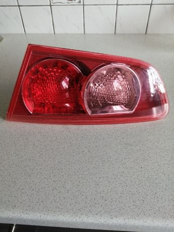 Mitsubishi lancer X sedan lampa prawy tył nowa oryginał
