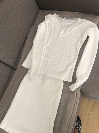 Biały komplet spodniczka + sweterek